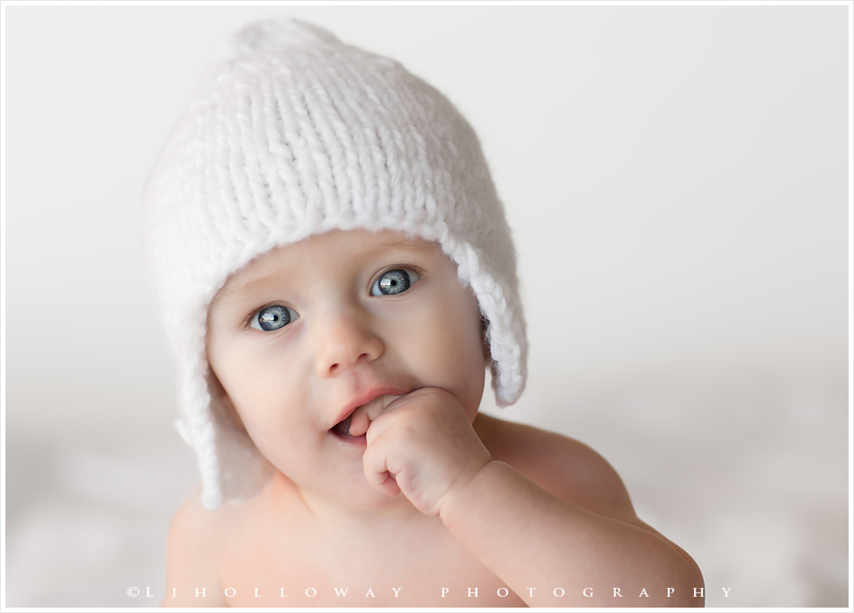 LJHolloway Photography is a Las Vegas Baby Photographer.