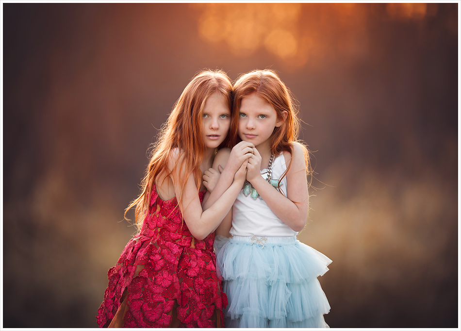 Redheaded twin girls. LJHolloway Photography is a Las Vegas Child Photographer.